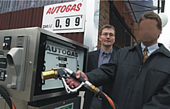 Autogas_Hude-Einweihung.png